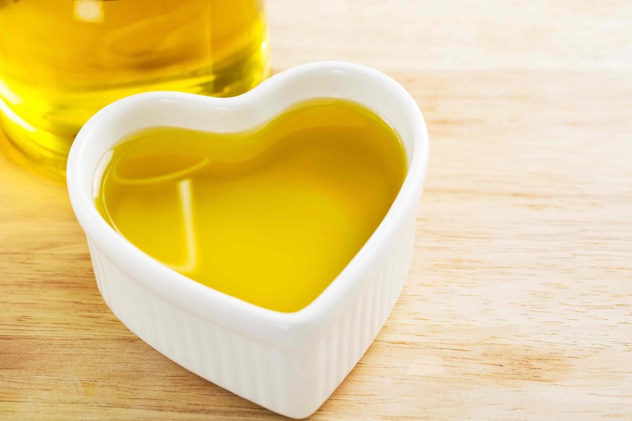 b2ap3_large_Olive-Oil-Heart